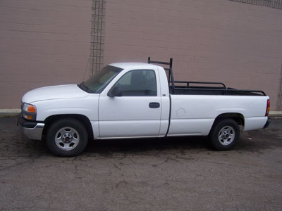 Pick Up Truck with 8′ bed