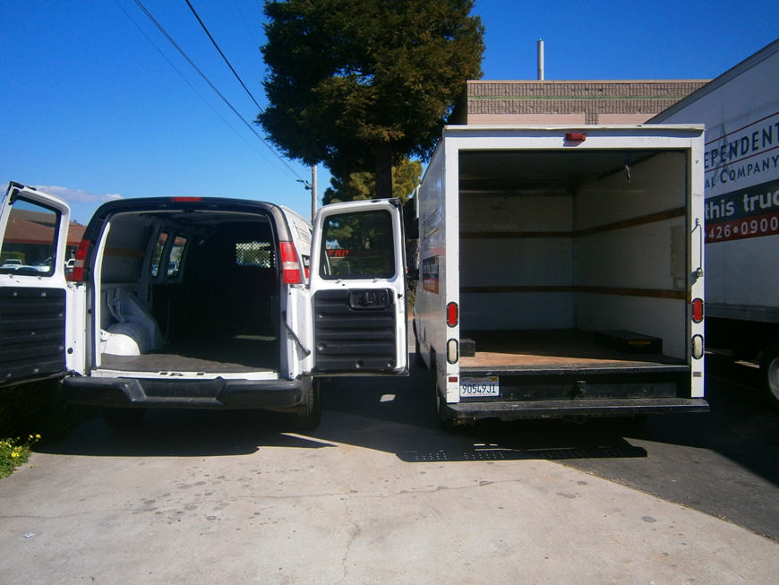 Van and 10ft Truck Size Comparison Back View